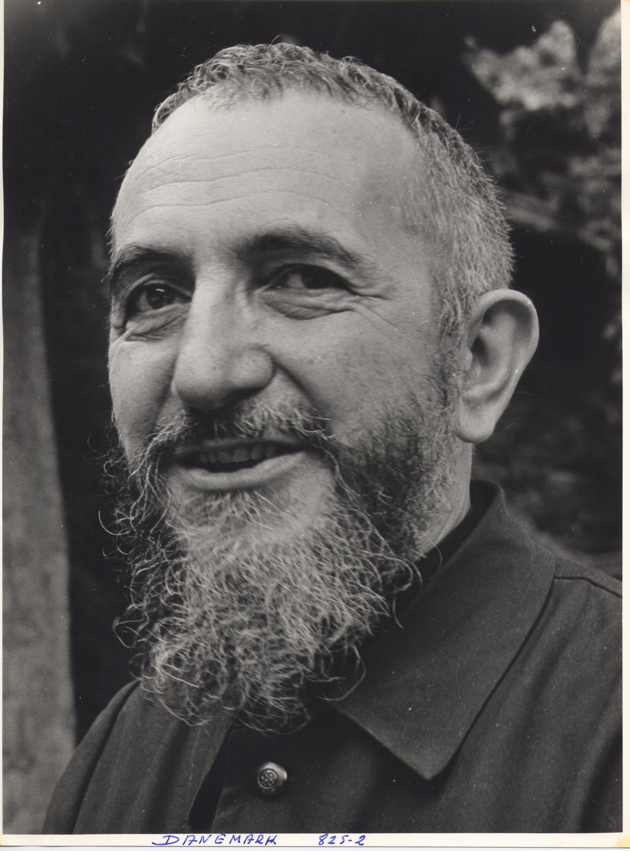 Populaire Biographie de l'abbé Pierre | Centre abbé Pierre Emmaüs – Esteville GM15